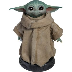 Star Wars: The Mandalorian The Child/Baby Yoda Life Size Figure Preorder