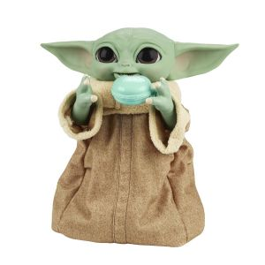 Star Wars: The Mandalorian Baby Yoda/The Child Galactic Snackin' Grogu Interactive Figure Preorder