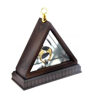 Harry Potter: 'Pure-Blood All The Way' Horcrux Ring Display