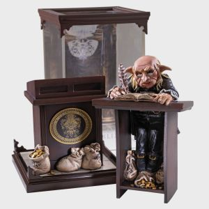 Harry Potter: Magical Creatures – Gringotts Goblin Statue
