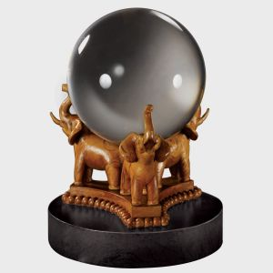 Harry Potter: The Divination Crystal Ball Replica Preorder