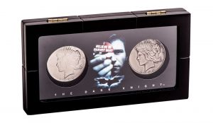 Batman: Heads Or Fails Harvey Dent & Two-Face Coin Display